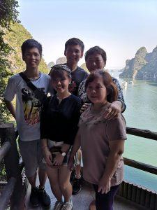 Halong Bay Tour Guide