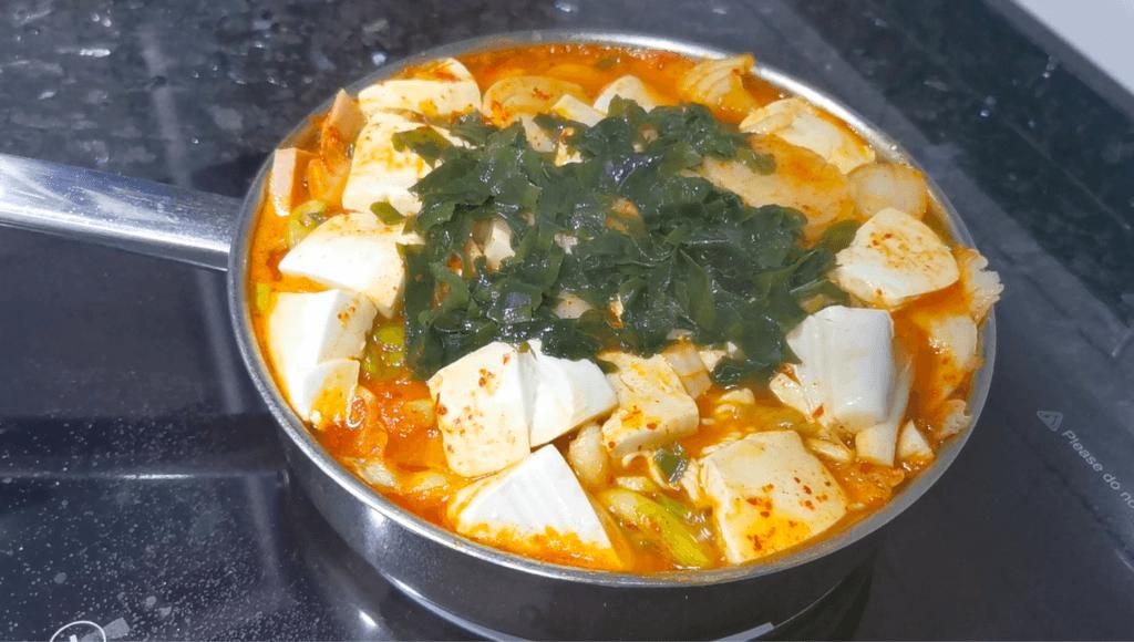 Budae-jjigae